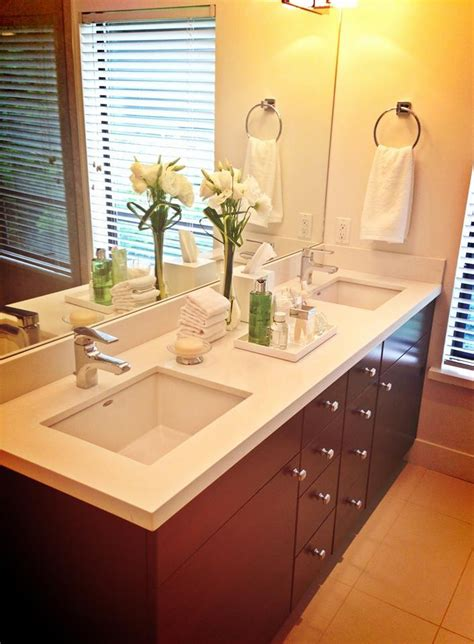 sle from the property brothers this bathroom