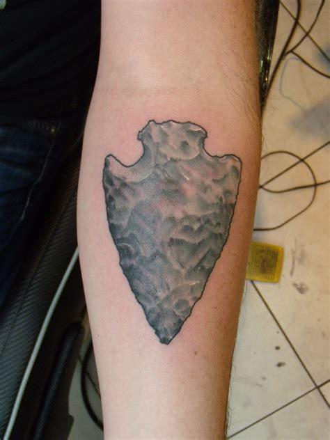 arrow arrowhead detail getting inked tattoos