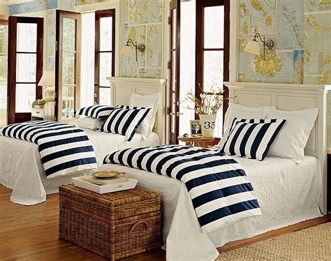 nautical themed bedroom decor decorating with a nautical theme