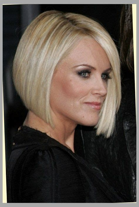 bob hairstyle for large jaw 25 best ideas about jenny mccarthy bob on pinterest