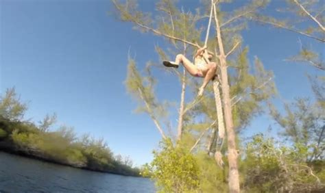 russian rope swing rope swing goes horribly wrong video omg boomsbeat