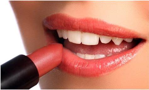 tutorial lipstik untuk bibir hitam tips memilih lipstik untuk warna kulit gelap