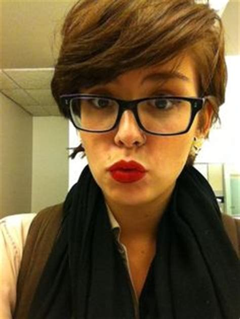pixie cut with bangs glasses google search hair styles 1000 images about girls with glasses on pinterest