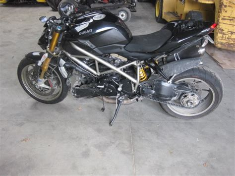 Motorrad Unfallfahrzeuge Kaufen by Streetfighter S Unfallwagen Moto