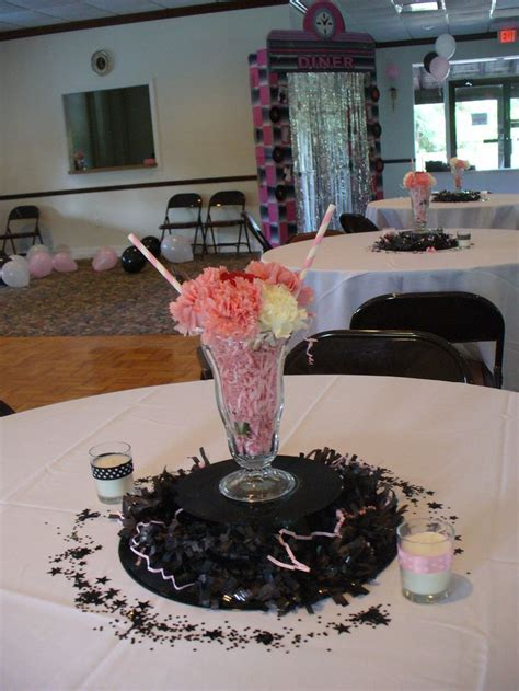 1000  ideas about Anniversary Centerpieces on Pinterest