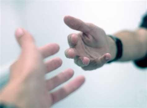 7 Ways To Help Someone With An Addiction by 9 Ways To Offer To Help Someone Phrasemix