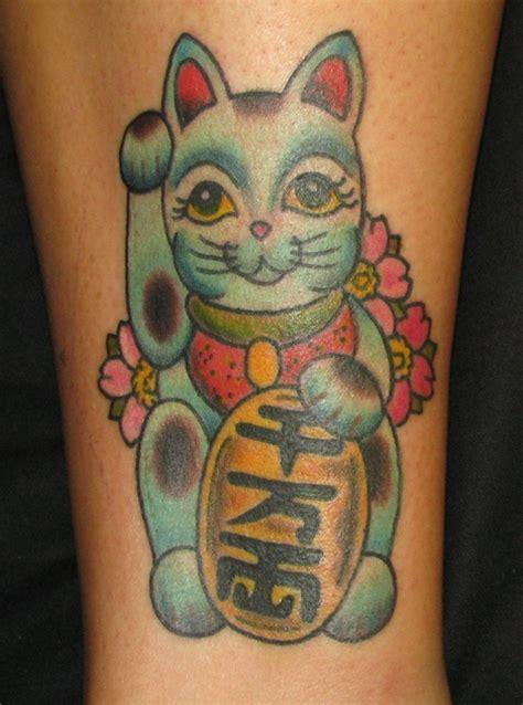 tattoo cat neko 27 best maneki neko tattoo images on pinterest maneki