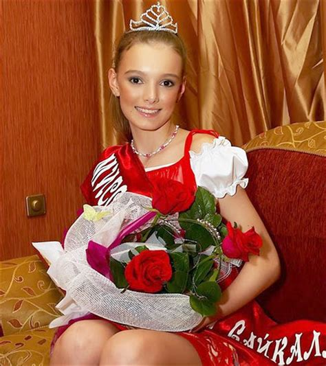 russia teen stage photo nadya belousova how a 12 year siberian model went onto