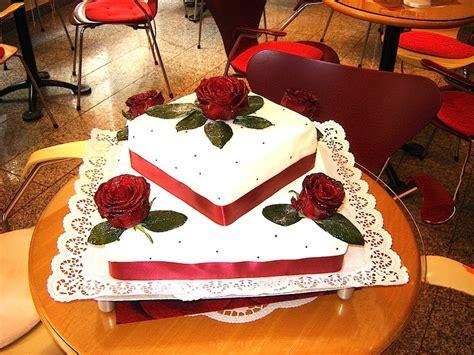 hochzeitstorte viereckig hochzeitstorten viereckig rezept torte