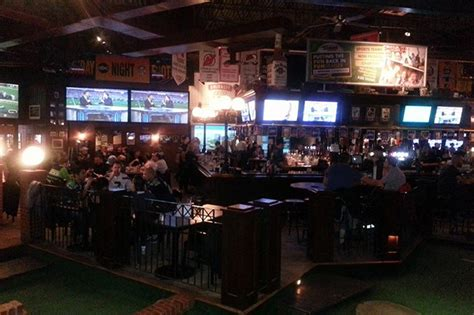 top bars in calgary best sports bars for watching ufc in calgary daily hive