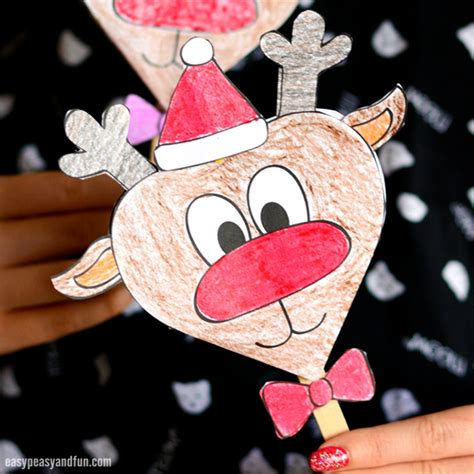 reindeer paper craft paper reindeer craft with printable template easy peasy