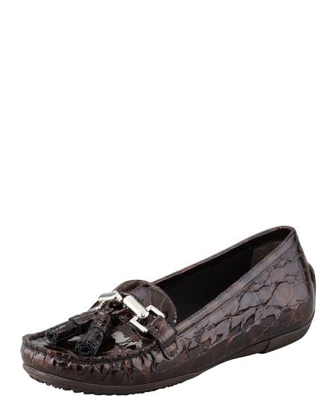 stuart weitzman loafer stuart weitzman rascal patent crocodile embossed tassel