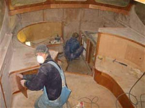 polyester boot schuren jachtwerf van vliet schilder en lakwerk van stalen