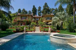home beverly dr phil puts his 16 5 million beverly home up for
