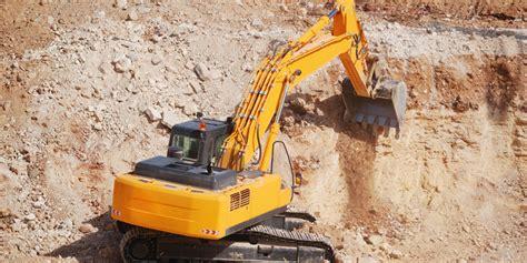 Galian Tanah Dengan Alat Berat asik di lokasi galian fahri tewas terlindas alat berat backhoe merdeka