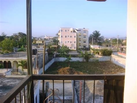 apartamentos comodos  baratos de alquiler en higueey republica dominicana youtube