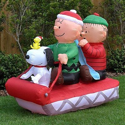 christmas yard blowups yard inflatables self contained snoopy and his friends brown linus and woodstock on a