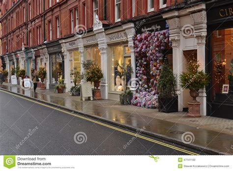 shop decorations uk shops in chiltern trees