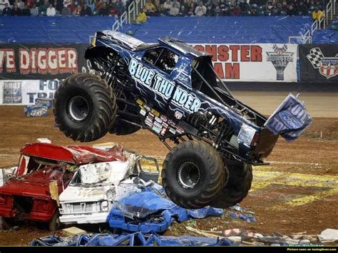 monster trucks monster jam monster truck blue thunder 2014 www pixshark com