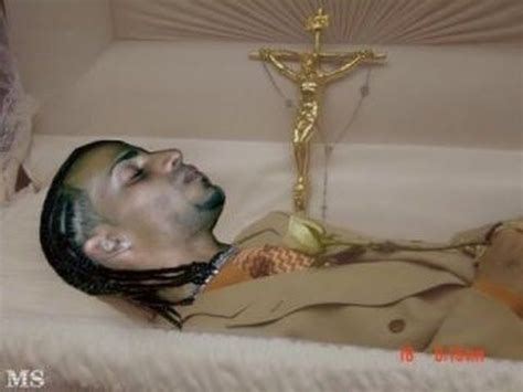 post mortem collection 59  dead celebrities casket