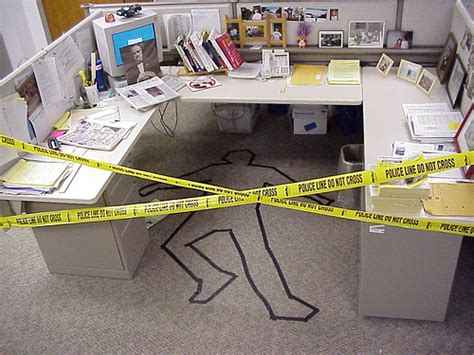 Office Prank Ideas Desk 24 Hilarious Cubicle Pranks Smosh