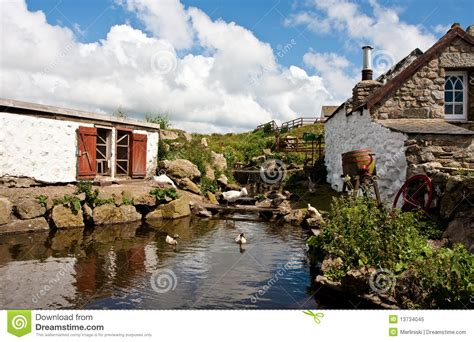 cottage cornovaglia cottage in cornwall stock image image of cornwall