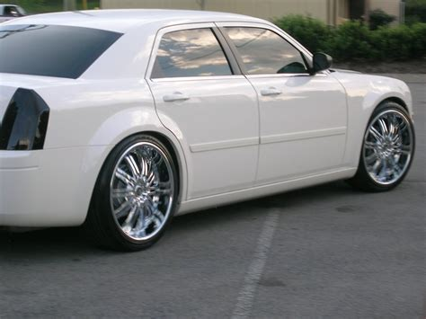 Pimped Out Chrysler 300 by Audiophil 2006 Chrysler 300c Officially Pimped Out
