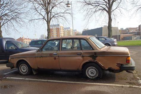 rusty volvo  flat tyres eva  weaver flickr