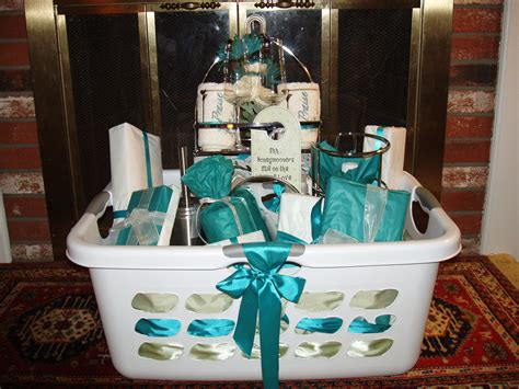 Wedding Shower Gifts by Bridal Shower Basket Basket Ideas Bridal