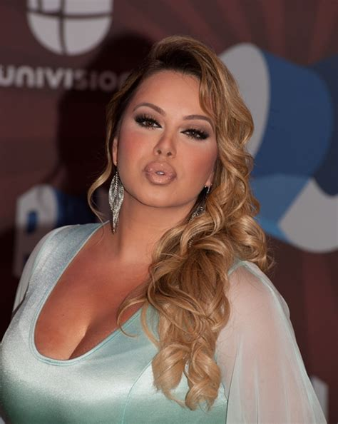 imagenes de peinados de jenny rivera jenni rivera s daughter chiquis rivera apologizes for