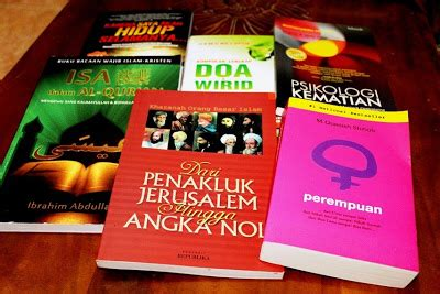 Buku Psikologi Kematian Mengubah Ketakutan Menjadi Optimisme mengisi dengan membaca di bulan ramadhan daon lontar