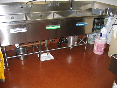 restaurants commercial kitchen floors deckade advanced