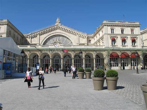 Gare De L Est Son Histoire Bureau De Change Gare De L Est