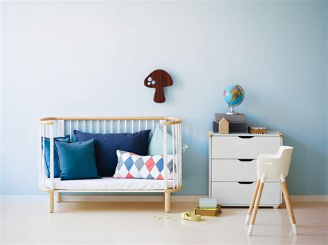 chambre bébé avec lit évolutif chambre scandinave bebe