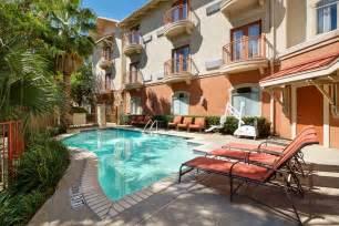 hotel indigo san antonio riverwalk 2017 room prices