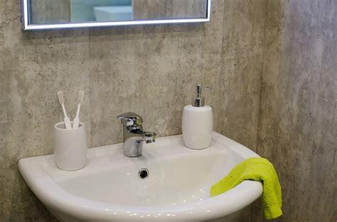 piastrelle effetto pietra per bagno piastrelle bagno moderno tantissime idee per scegliere il