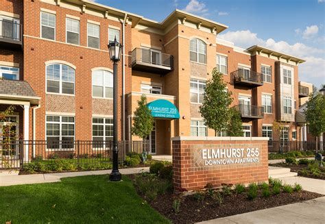 Studio Apartment For Rent In Elmhurst Elmhurst 255 Rentals Elmhurst Il Apartments