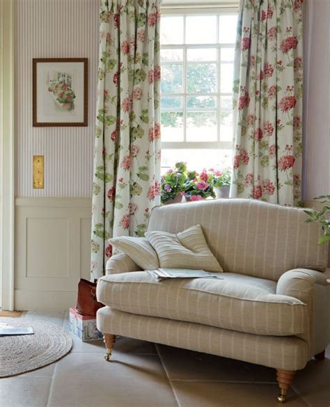 muebles laura ashley laura ashley pale cranberry google search cottages