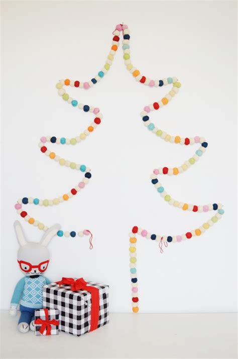 felt pom pom garland christmas tree cakies