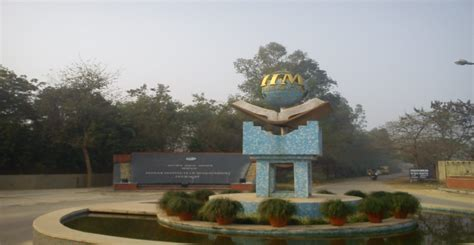 Iim Lucknow Part Time Mba by Iim L Axis Bank Mou To Benefit Students Of Ipmx