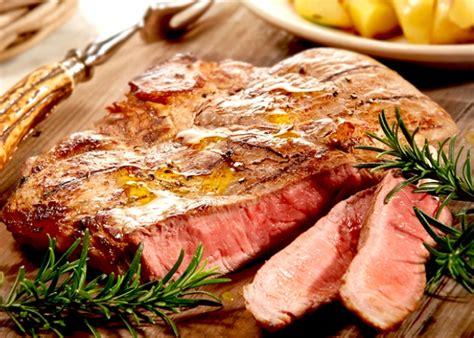 cucinare bistecca bistecca alla fiorentina buonissimo