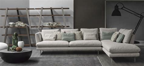lars divano bonaldo