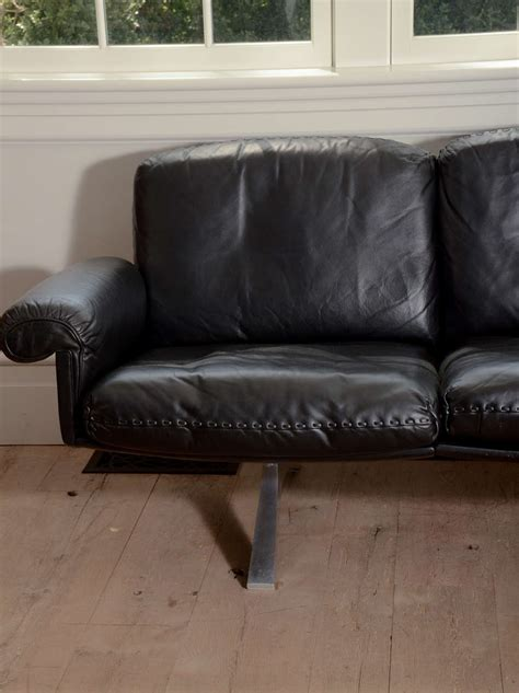 1970 S De Sede Black Leather Sofa On Chrome Legs At 1stdibs Black Leather Sofa With Chrome Legs