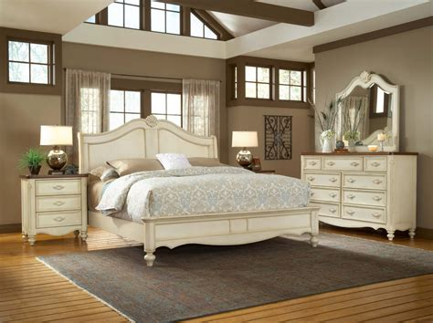 Antique White Dresser Bedroom Furniture Antique White Bedroom Sets Antique Bedroom Sets For Valuable Design Bestbathroomideas Blog74