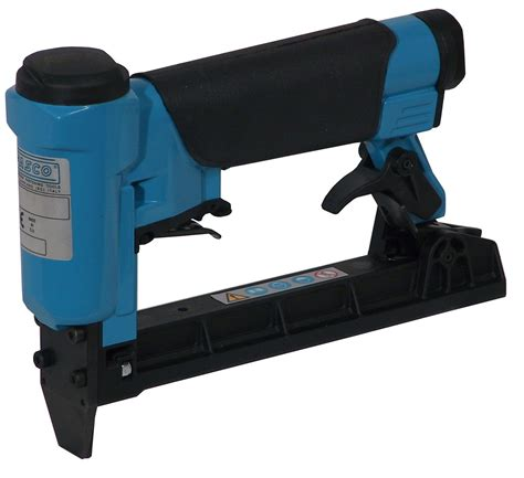 Pneumatic Stapler For Upholstery by Duo Fast 1016055 Electric Stapler Review For 2016 Staple