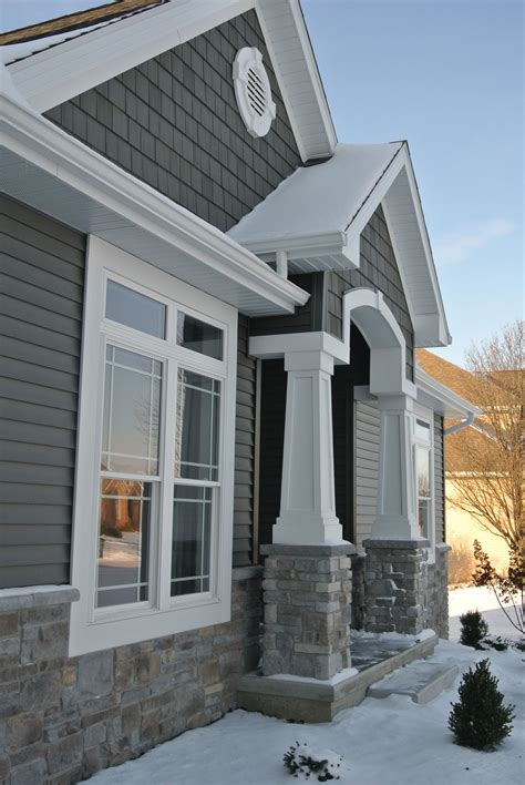 Exterior Wainscot by Exterior Stoned Wainscot And Front Entry Pillars Hton