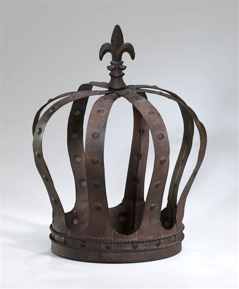 king s crown iron decor by cyan design