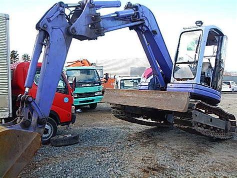 alat berat kontruksi jalan daftar perusahaan indonesia