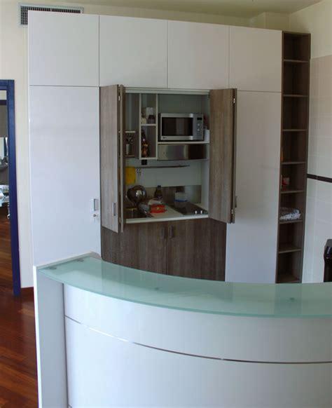 parete armadio parete armadio con cucina monoblocco a scomparsa size