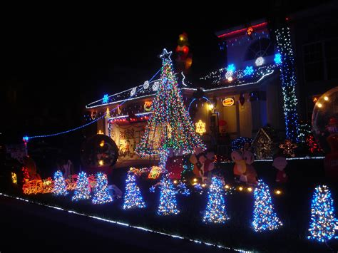 the history of christmas lights history of christmas